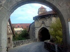 Rothenburg ob der Tauber - © H.-G. Olszynski
