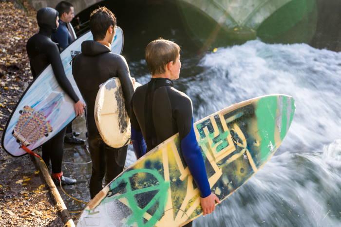Surfen Englischer Garten